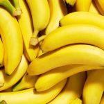 Можно ли попугаям бананы?