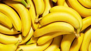 бананы для попугая